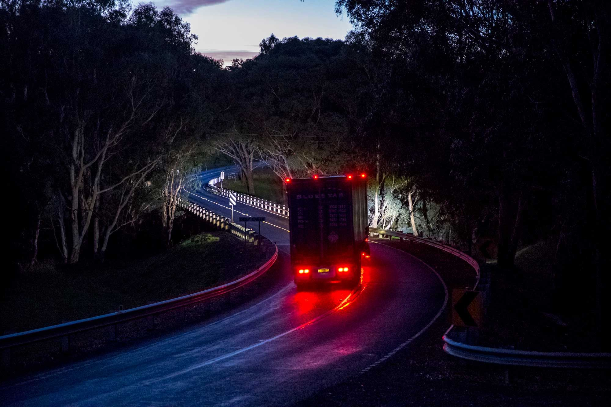 ultima 225 led performance on transport truck